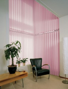 pink-vertical-blinds-decor